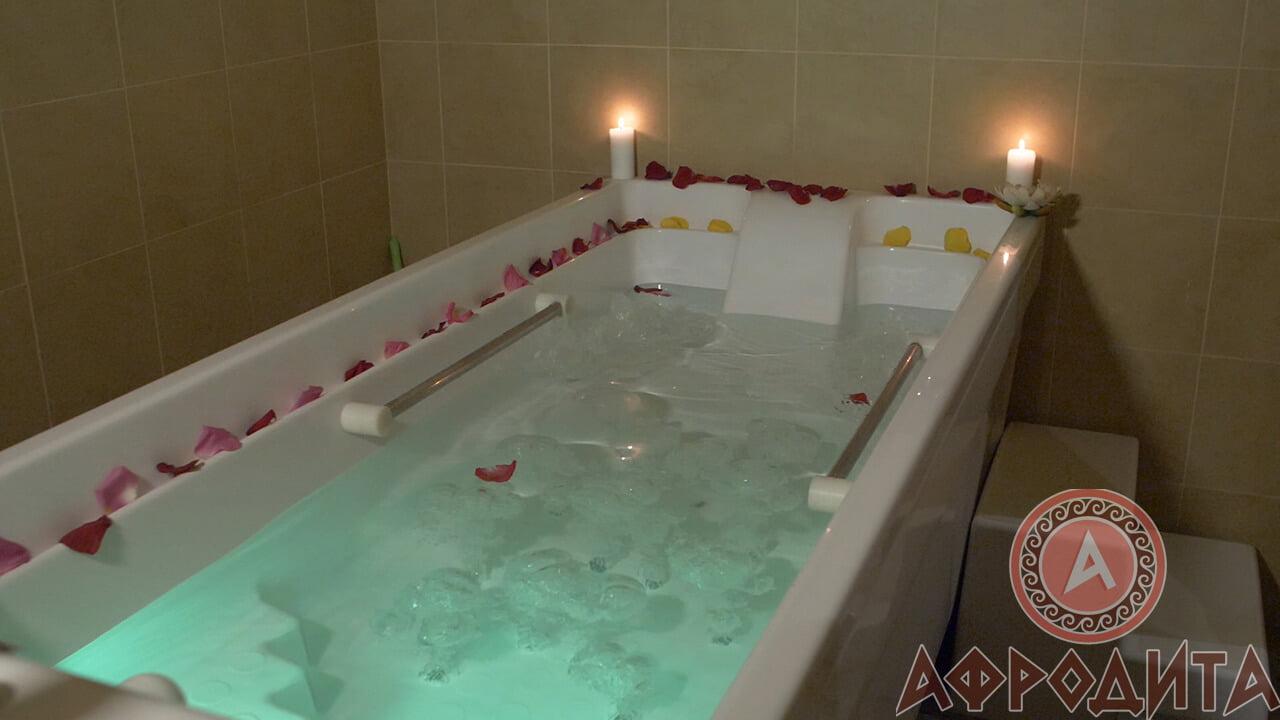 Гидромассажная ванна в спа салоне Афродита в Железнодорожном