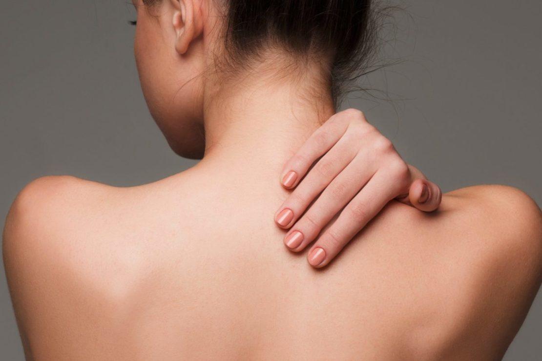 Механическая чистка спины
